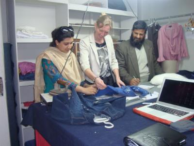 Wow fashion new product development (Mission Jose Koopman 2-2012 Pakistan  ©)